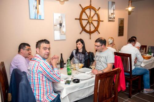 restoran barkarola13
