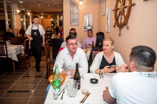 restoran barkarola14